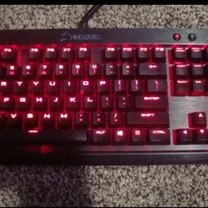 Corsair K70 Mecnical Keyboard for Sale in Catonsville, MD