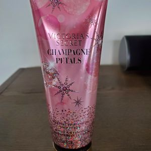 Victoria Secret lotion for Sale in Allen Park, MI