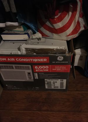 Room air conditioner for window for Sale in Los Angeles, CA
