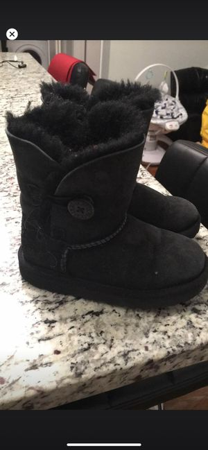 Ugg boots for girls size 10 for Sale in North Bergen, NJ