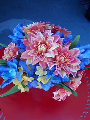 Butterfly flower pot arrangement with bright beachy flowers for Sale in Seminole, FL