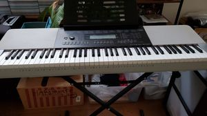 Casio WK-220 Piano for Sale in Santa Maria, CA