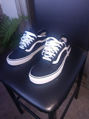 Vans size 10.5 (black) for Sale in Houston, TX