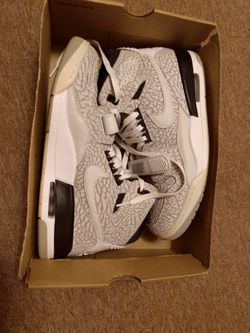 Jordans Size 10.5 for Sale in Jersey Shore,  PA