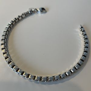 Tiffany & Co. Venetian Link Bracelet for Sale in Seattle, WA