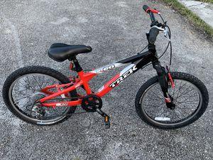 Trek Mountain bike for Sale in Miami, FL