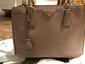 Prada Galleria Medium Saffiano Tote Bag for Sale in La Mesa, CA