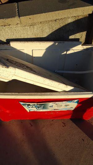 48 quart cooler for Sale in Oceanside, CA