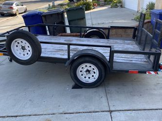 11 x 6 1/2 utility trailer for Sale in Riverside,  CA