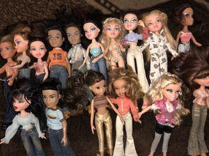 Bratz dolls with shoes for Sale in Hemet, CA