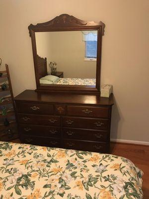Dresser &bed set up wood for Sale in Hanover, MD