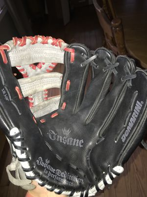 Nice baseball glove for Sale in Marlborough, MA