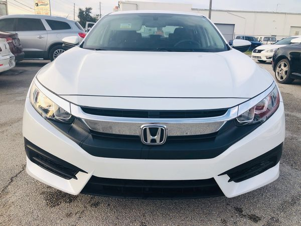 2018 Honda Civic EX perfect carplay trades welcome open 7 day