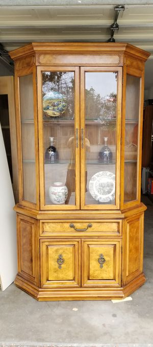 Display Cabinet, Solid Wood in Beautiful Condition, Price Firm for Sale in Garden Grove, CA