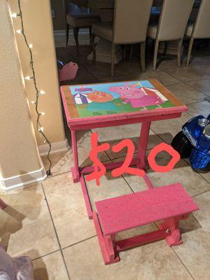 Handmade Peppa Pig Desk for Sale in Houston, TX