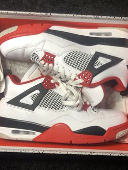 fire red 4s 2020 for Sale in Mount Vernon,  WA