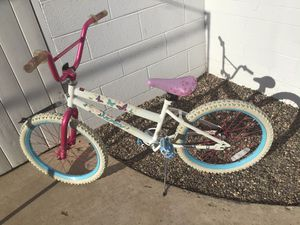 """HUFFY BIKE FIRM IN GREAT CONDITION 20"""" for Sale in Glendale, AZ"""