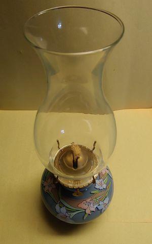 Vintage Kaadan Ltd. Oil Lamp for Sale in Grove City, OH