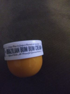 Brazilian bum bum cream 0.84fl oz us / 25ml min size for Sale in San Antonio, TX