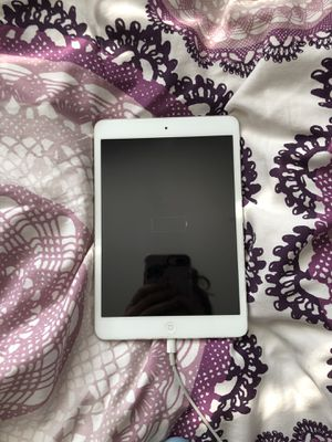 iPad mini for Sale in Elmhurst, IL