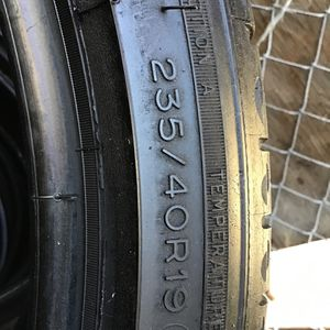 4 Tires 235/40/19 Michelin for Sale in National City, CA