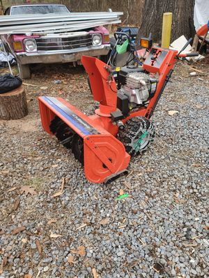 Commercial snow blower run very good for Sale in Bolivar, WV