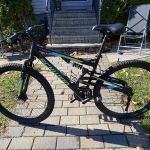 """Practically New Schwinn Mountain Bike (29"""") for Sale in Bloomfield, NJ"""
