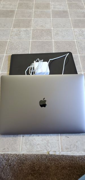"2018 MACBOOK PRO 15"" touchbar/id 16GB intel i7 Retina for Sale in Acampo, CA"