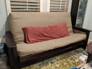 Futon in good condition for Sale in Lake View Terrace, CA