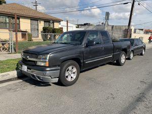 Chevy Silverado 2003 for Sale in Gardena, CA
