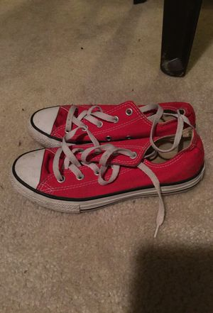 Size 2 converse for Sale in Columbus, OH