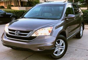 LOOCKS LIKE NEW HONDA CRV PERFECT CONDITION for Sale in Dayton, OH