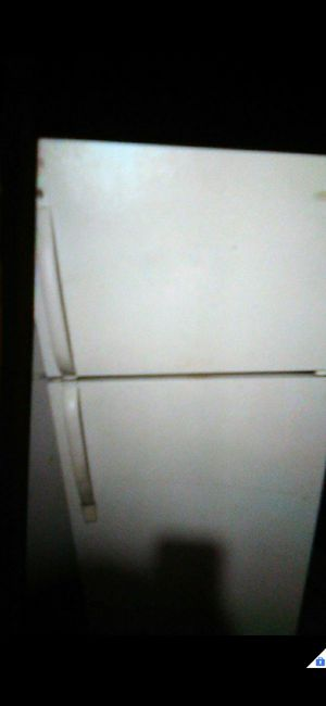 Frigidaire fridge for Sale in Anaheim, CA
