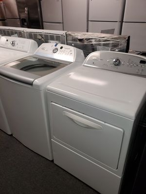 Whirlpool electric top load set washer and dryer in great condition for Sale in Milford Mill, MD