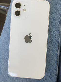 iPhone 12 White for Sale in Atlanta,  GA