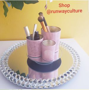 Kensie Rotating Makeup or Jewelry Organizer for Sale in University Park, IL
