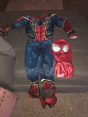 Toddler spider man costume size 5/6 for Sale in Fresno, CA