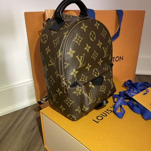 Louis Vuitton Palm Springs Mini Backpack for Sale in Miami, FL