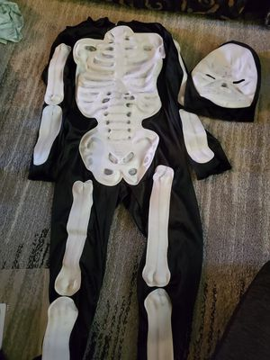 Size small kids skeleton costume for Sale in Philadelphia, PA