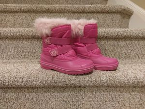 New WOMEN'S Sizes 7 and 8 Pink Winter Fur Lined Boots $35 Each for Sale in Woodbridge, VA