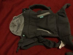 Infantino Baby Carrier for Sale in Vancouver, WA