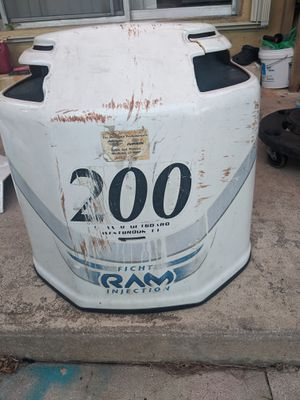 200 Ficht outboard motor cowling and side covers for Sale in Hollywood, FL