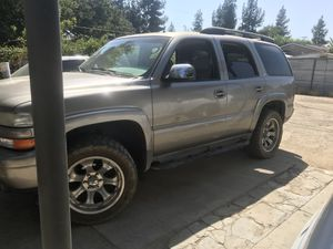 2002 z71 chevy Tahoe 4x4 for Sale in Sanger, CA