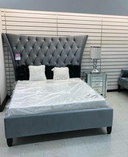 Gabriella Velvet Queen Bed for Sale in Washington,  DC
