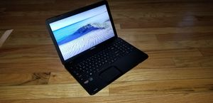 "15"" Toshiba Laptop for Sale in Lacey, WA"