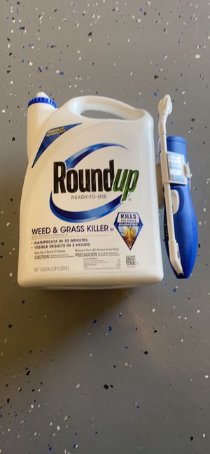 Roundup weed and grass killer for Sale in Mesquite, TX