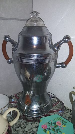 Antique coffee server. By continental. #8 Chromium. Old style percolator. for Sale in Baytown, TX