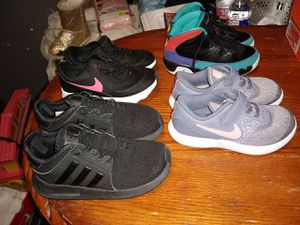 Toddler shoes girl for Sale in Seagoville, TX