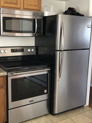 3 pc set kitchen appliances for Sale in Suitland-Silver Hill, MD