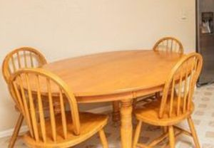 Oak table and chairs set. Used, good condition $150 for Sale in Westminster, CO